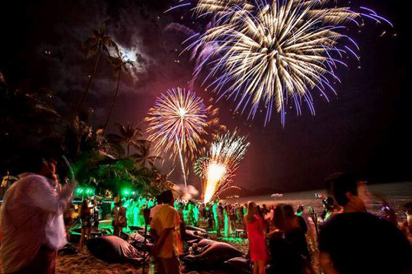 Full moon Party new year